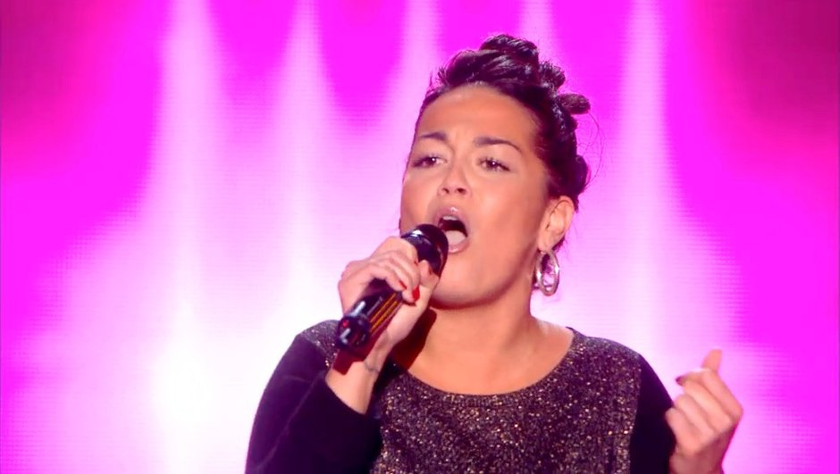 "The Voice 4 : Julie Gonzalez a réussi sa 1è télé sur ""On the radio"" de Donna Summer"