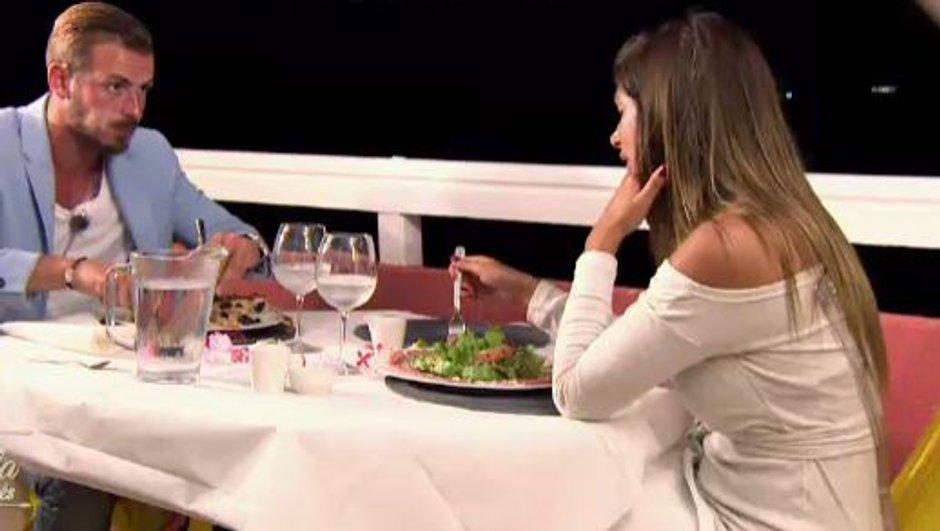 Episode 21 - Maëva et Julien partent en date et échangent leur premier baiser