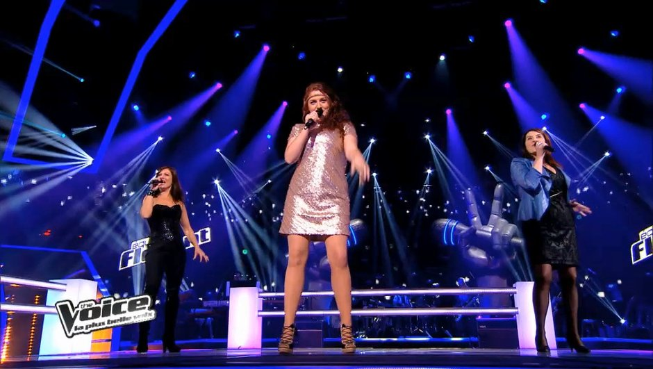 "The Voice 3 : Juliette Moraine, Sophie Delmas et Carine Robert foudroyantes sur ""It's raining men"" (REPLAY VIDEO)"