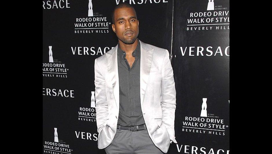 Kanye West a écrit une chanson à Taylor Swift afin de s'excuser !