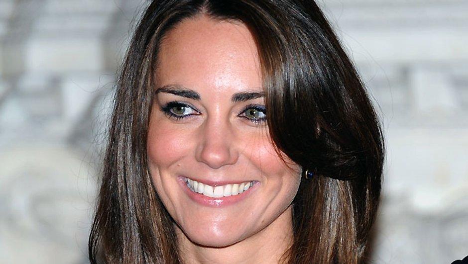 """Kate Middleton : """"fainéante"""" et """"vaniteuse"""" selon la Reine !"""