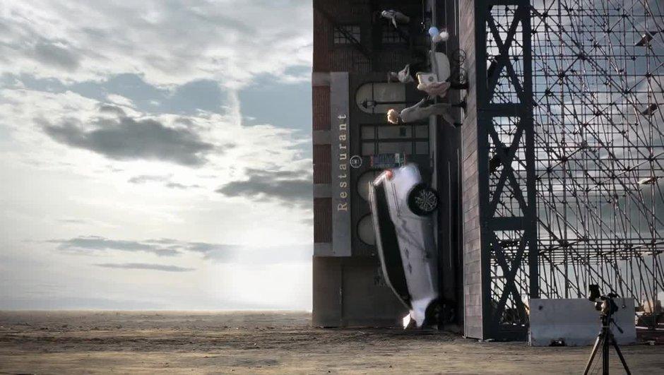 VIDEO Insolite: découvrez le crash-test vertical par Kia!