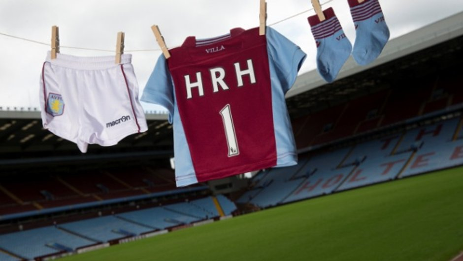 Insolite - Aston Villa : Un maillot offert au Royal Baby !