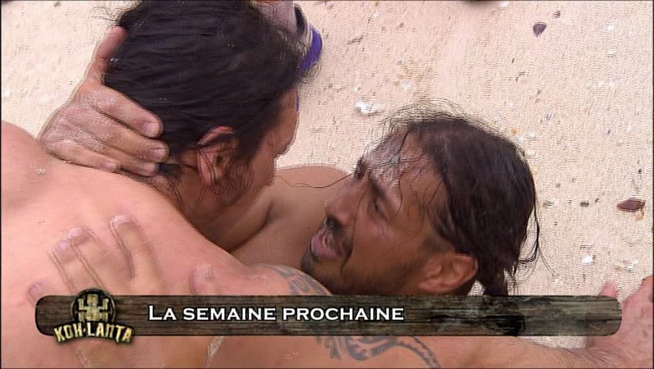 koh-lanta-video-grande-emotion-de-moundir-plage-7577312