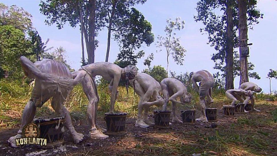 Koh-Lanta Johor - Marc innove dans l'épreuve de la boue
