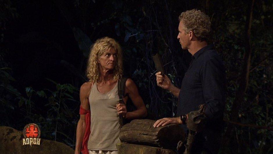 Carole trahie par Romain et évincée de l'équipe rouge...