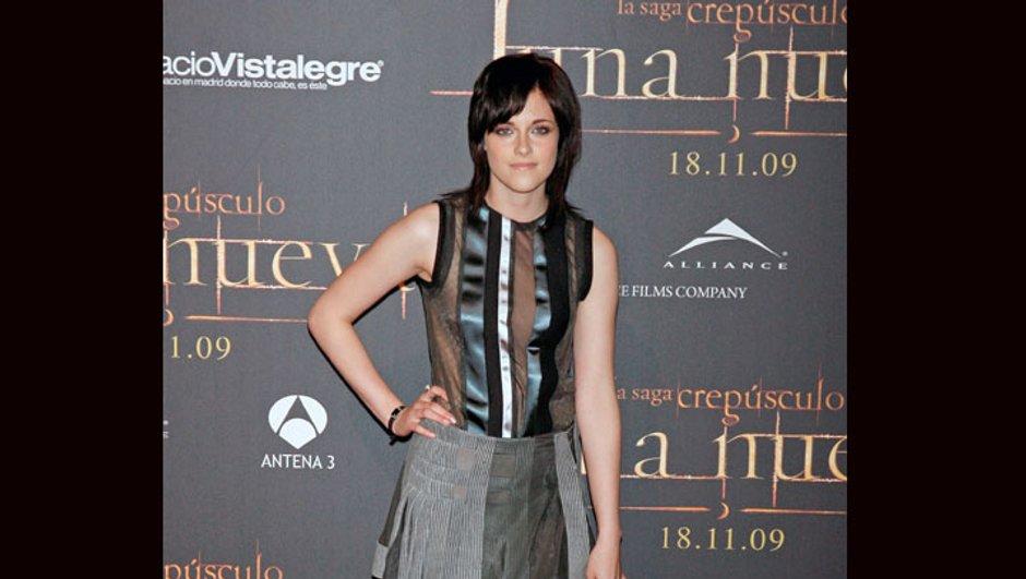 Regardez Kristen Stewart de Twilight en Balenciaga !