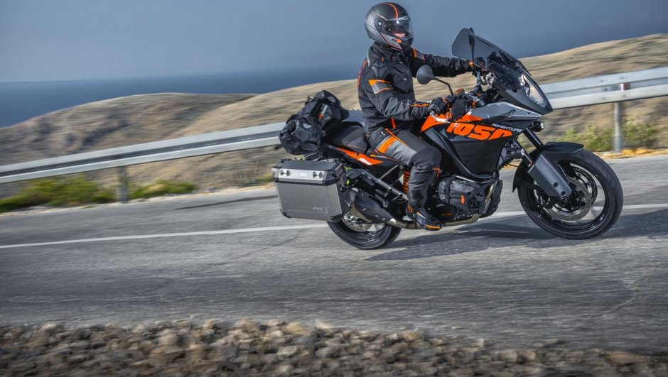 KTM 1050 Adventure 2015 : un trail routier plus accessible