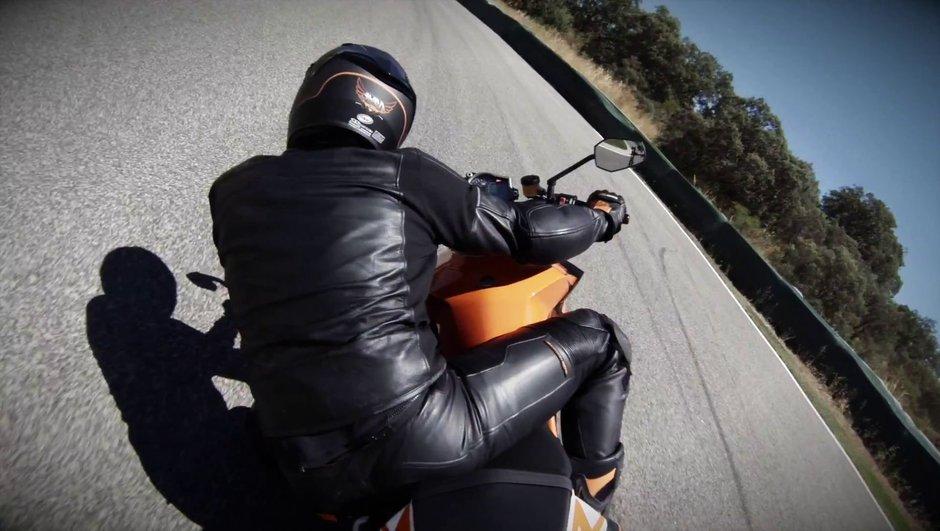 """KTM 1290 Super Duke R 2014 : présentation de """"la bête"""" le 30 septembre"""