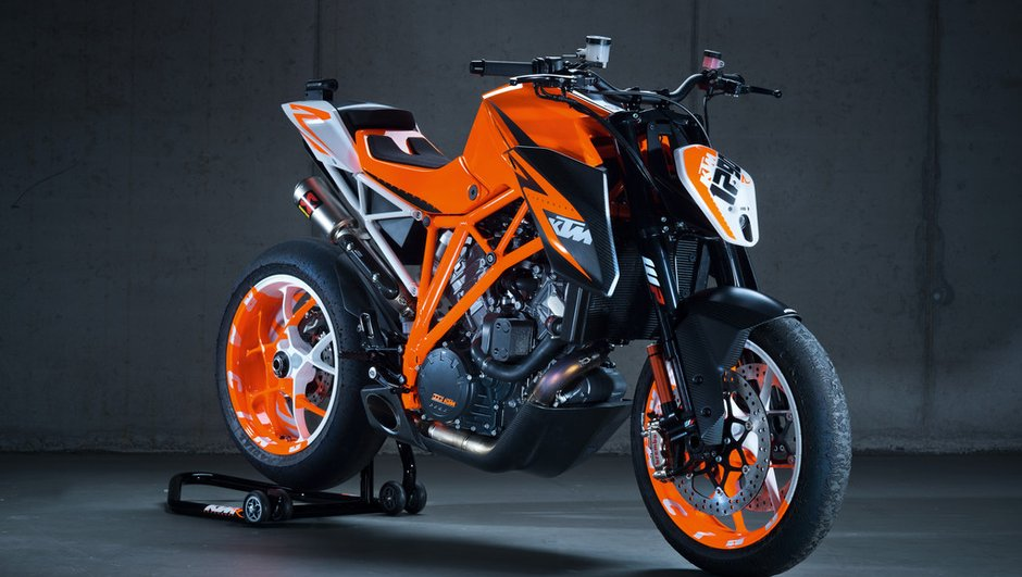 salon-de-milan-2012-ktm-super-duke-1290-r-390-duke-3178704