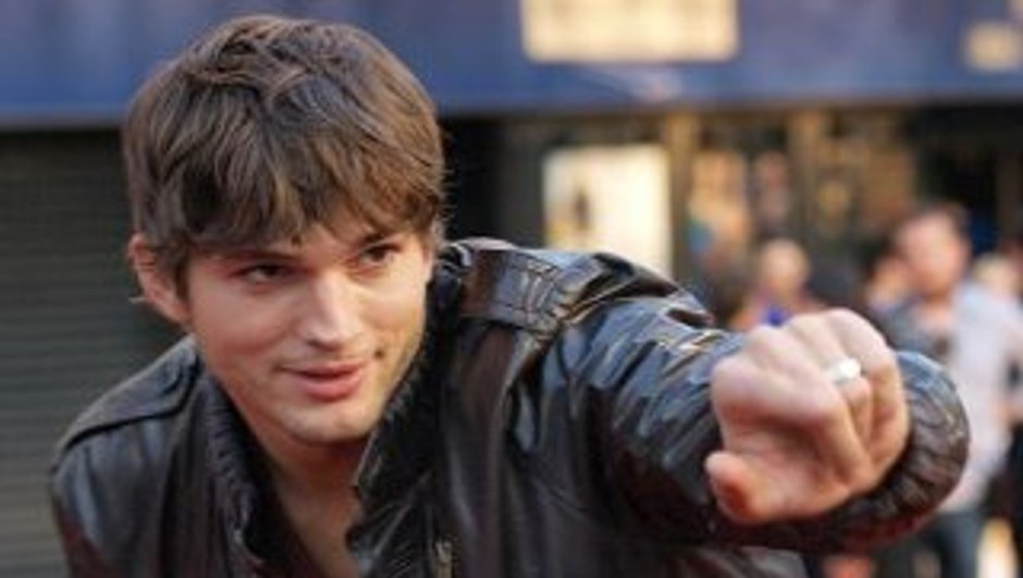 ashton-kutcher-n-deja-plus-celibataire-6927380