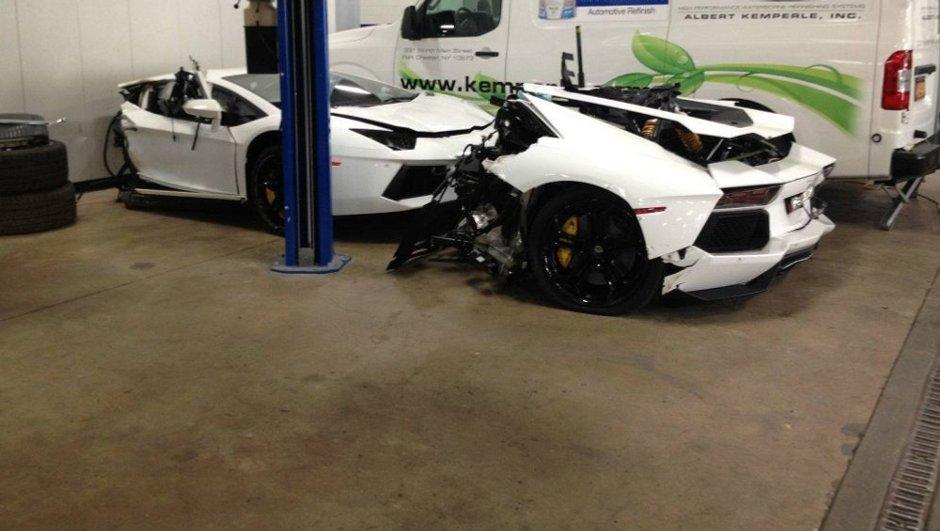Insolite : Il vend une Lamborghini Aventador coupée en deux !