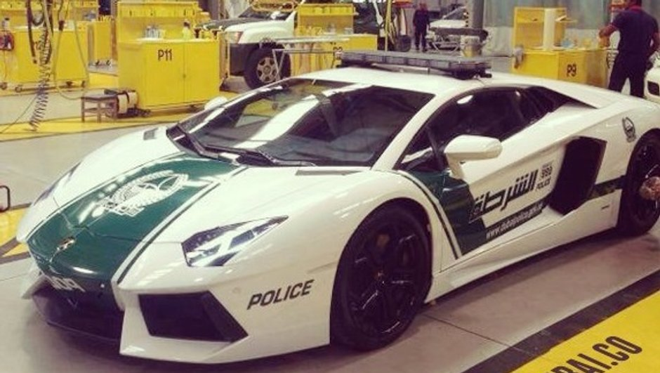 La police de Dubaï roule en... Lamborghini Aventador