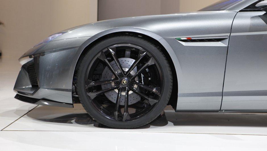 Salon de Genève 2013 : un concept Lamborghini à moteur V12 avant ?