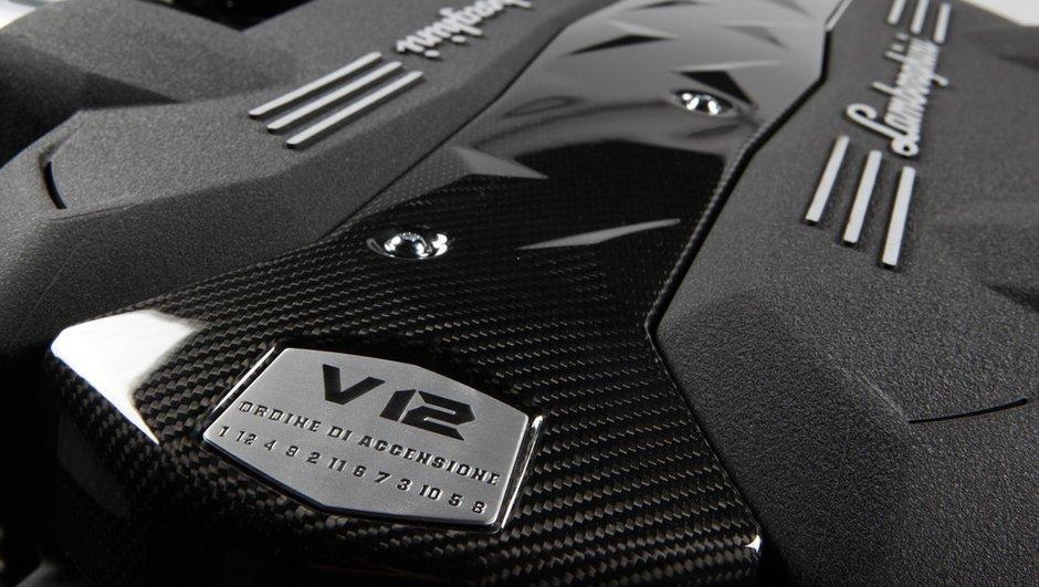 Lamborghini présente son nouveau moteur V12