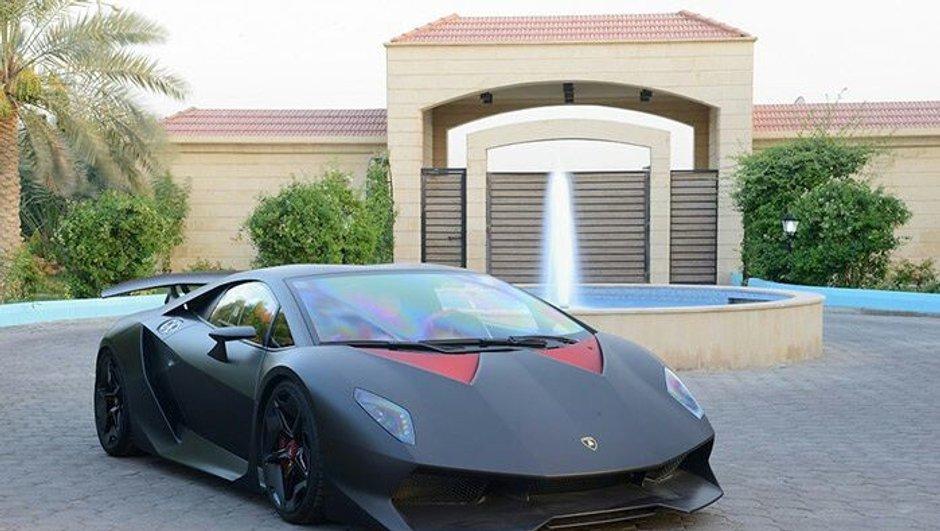 Une Lamborghini Sesto Elemento en vente à 2,7 millions d'euros ?