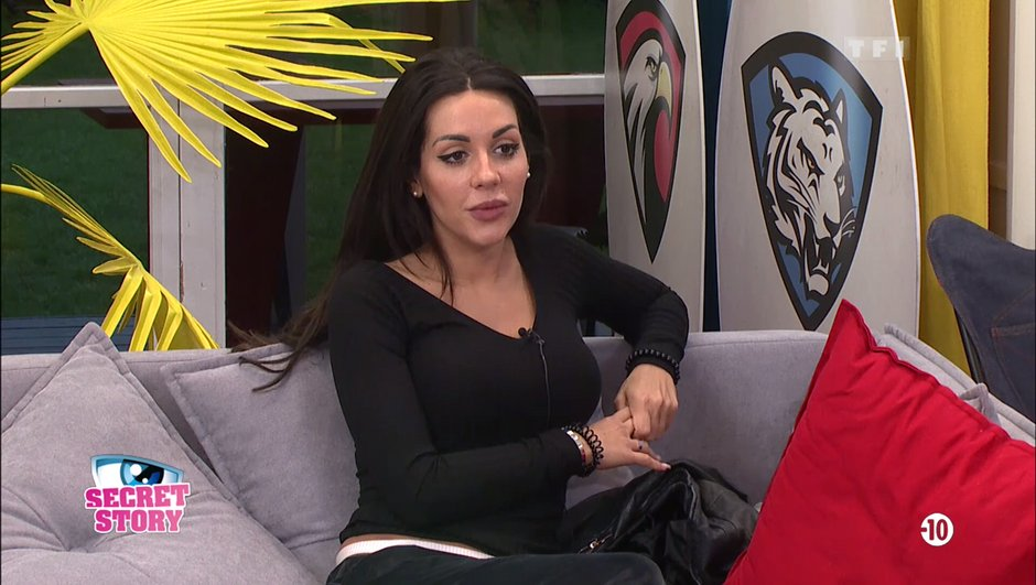 Secret Story 11: Laura au cœur des polémiques?