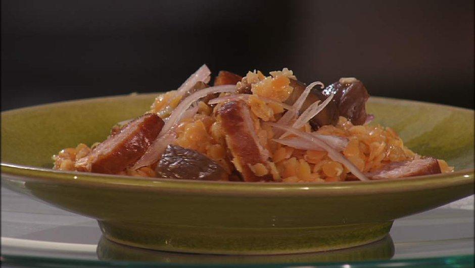 salade de lentilles et saucisse fumée (chaude)