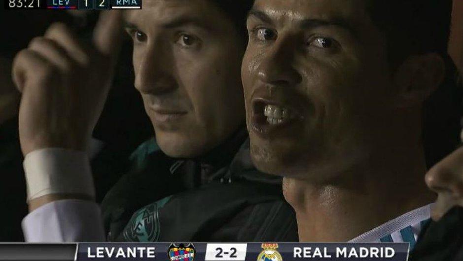 Insolite : quand Ronaldo demande à la caméra d'arrêter de le filmer