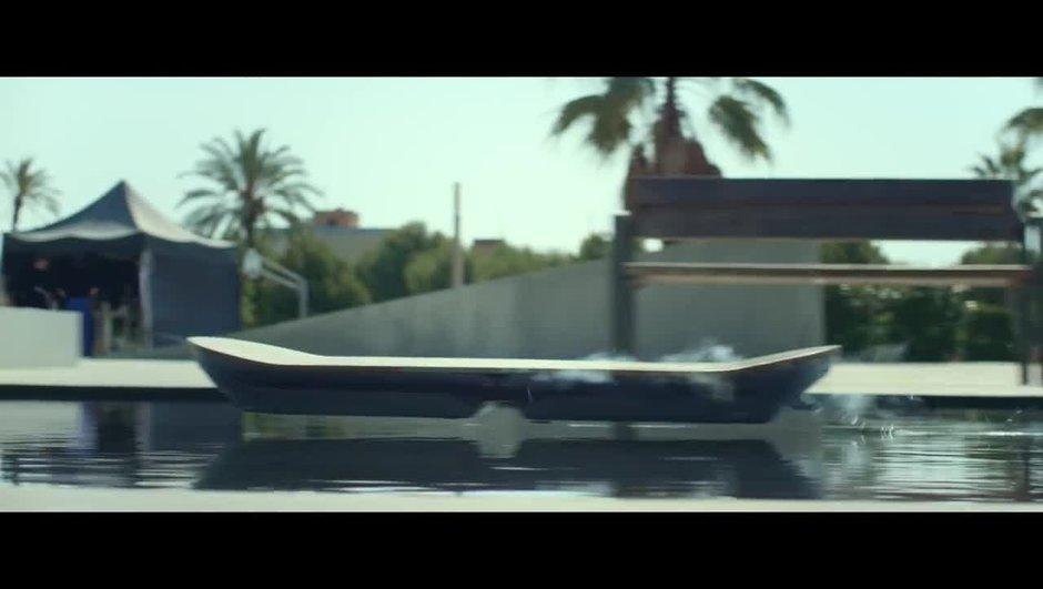 VIDEO: Le Hoverboard de Lexus débarque enfin !