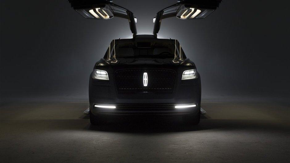 Salon de New York 2016 : Lincoln Navigator Concept, ou le SUV géant équipé de portes papillons
