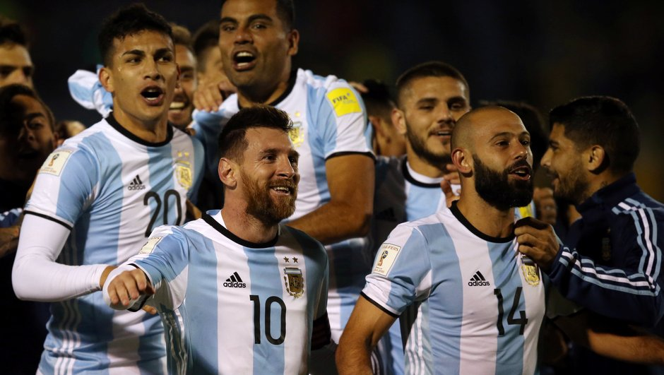 L'Argentine s'en remet à Agüero pour battre la Russie
