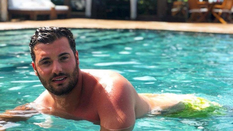 Loïc Fiorelli s'éclate avec sa chérie sous le soleil du Brésil !