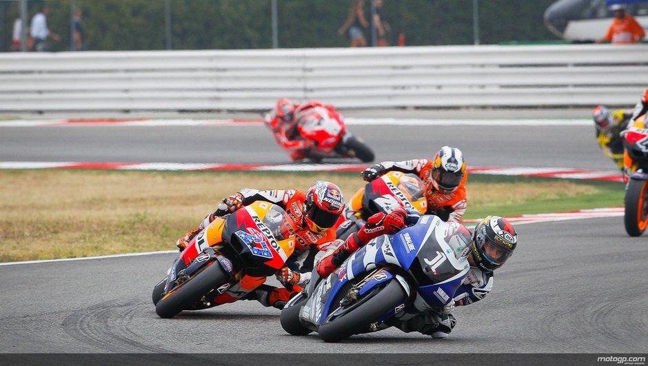 Moto GP 2011 : large victoire de Lorenzo à Saint Marin, revenant sur Stoner