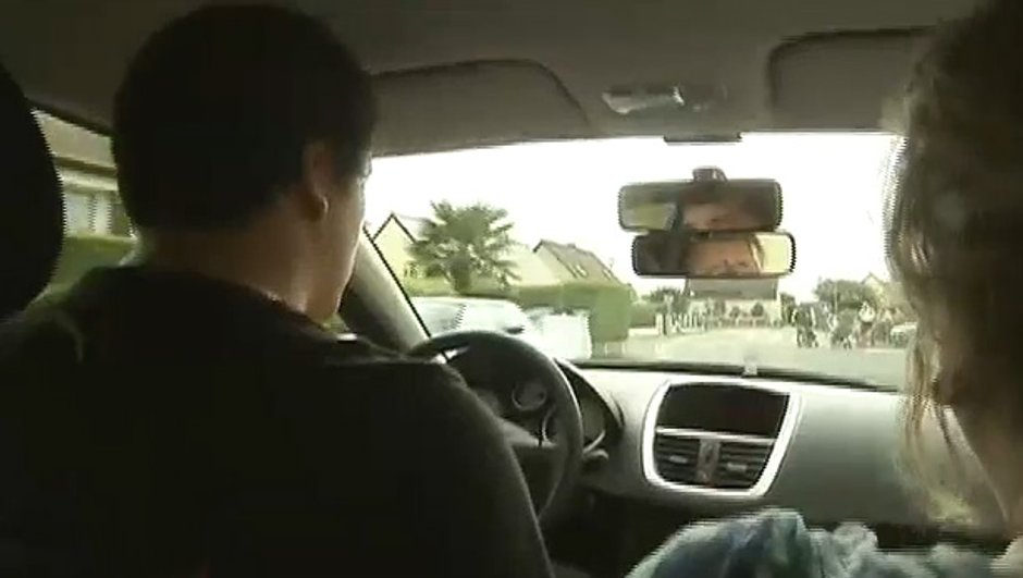 Permis de conduire : Louez une voiture d'auto-école !