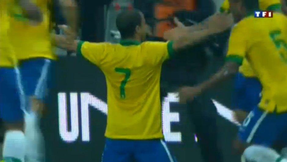 Brésil-France : but de Lucas Moura en vidéo, 3-0 (90+2)
