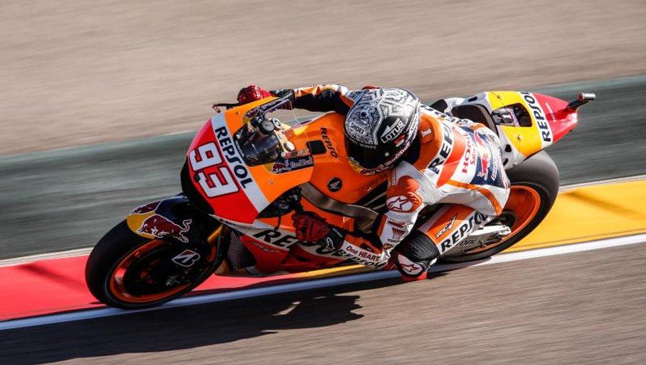 MotoGP - Aragon 2015: la pole pour Marquez, Rossi largué