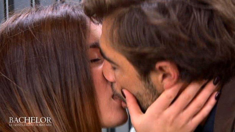 Le baiser tant attendu entre Shirley et Marco !