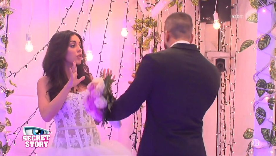 Secret Story 11 : larguée devant l'autel, Laura perd le contrôle !