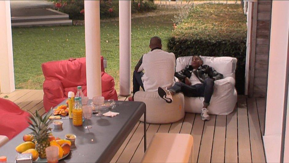 Pierre et Marvin se posent des questions sur Bastien et Mélanie