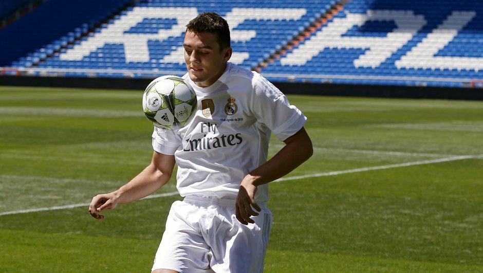 Mercato : Kovacic à l'AS Roma, Payet courtisé par le PSG, Mandanda vers Chelsea ?