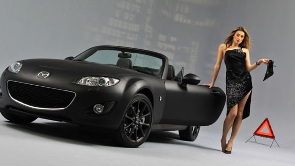 Le Mazda MX-5 fête ses 20 ans au Salon du  Cabriolet, Coupé et SUV