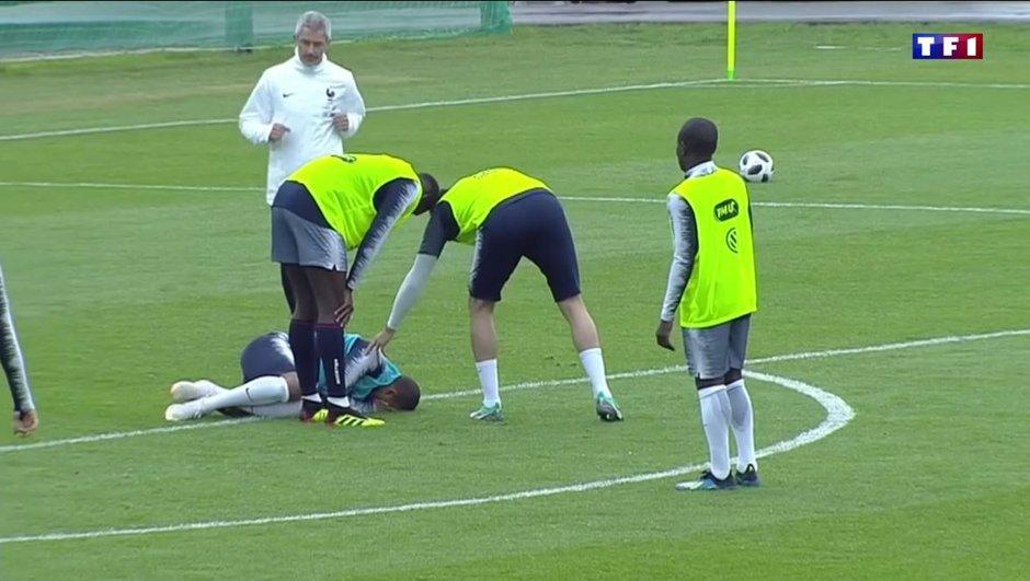 """""""Je suis à 100%"""", assure Kylian Mbappé au lendemain de son choc à la cheville"""