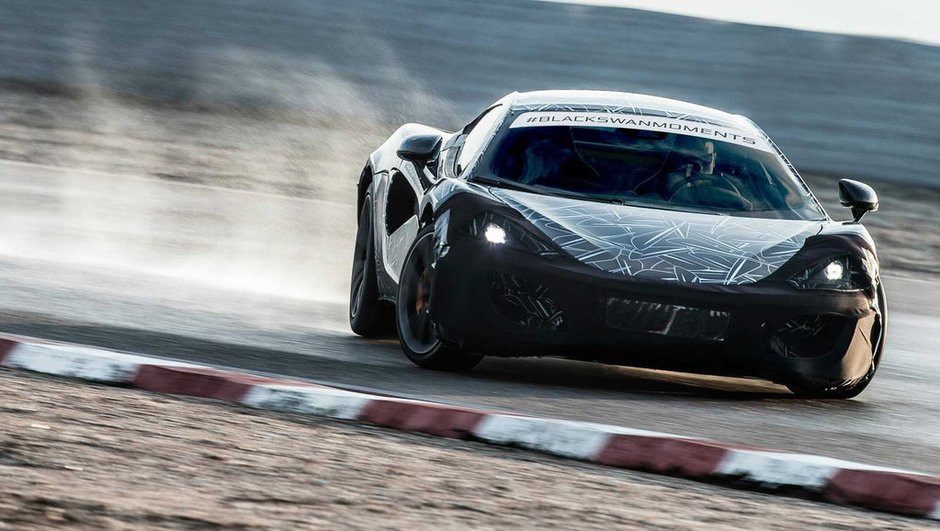 McLaren Sport Series 2015 : un teaser tout en drift pour la future sportive anglaise