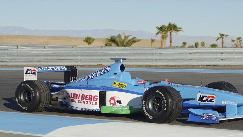 F1 : Une Benetton de 1998 mise en vente