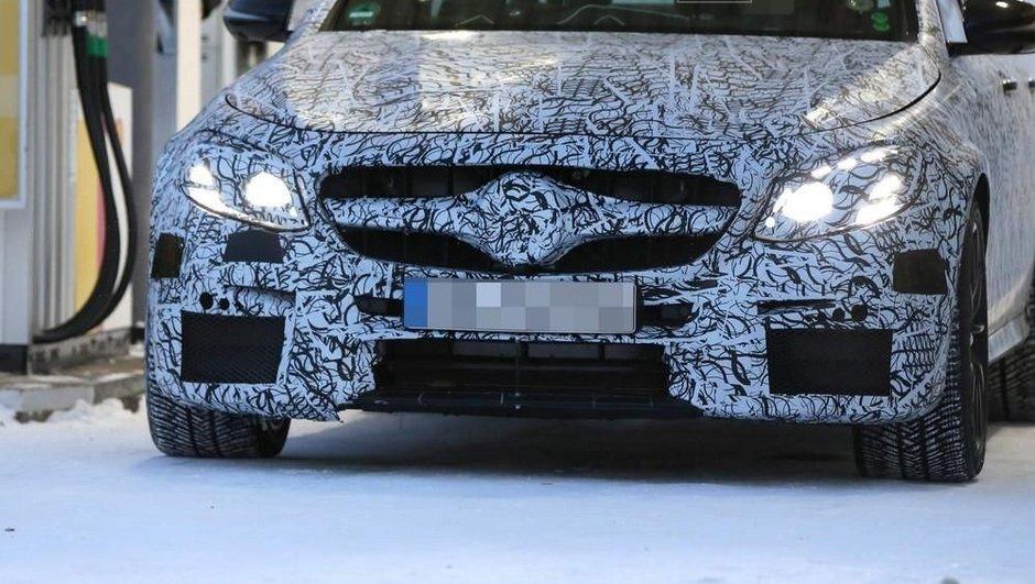 Scoop : La future Mercedes-AMG E63 se dévoile en camouflage