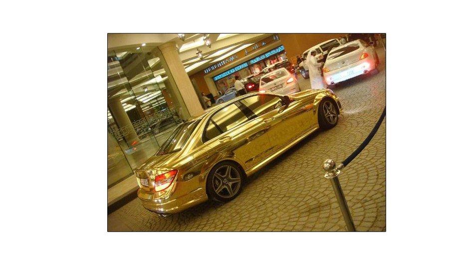 Mercedes C63 AMG Gold: tout simplement bluffante