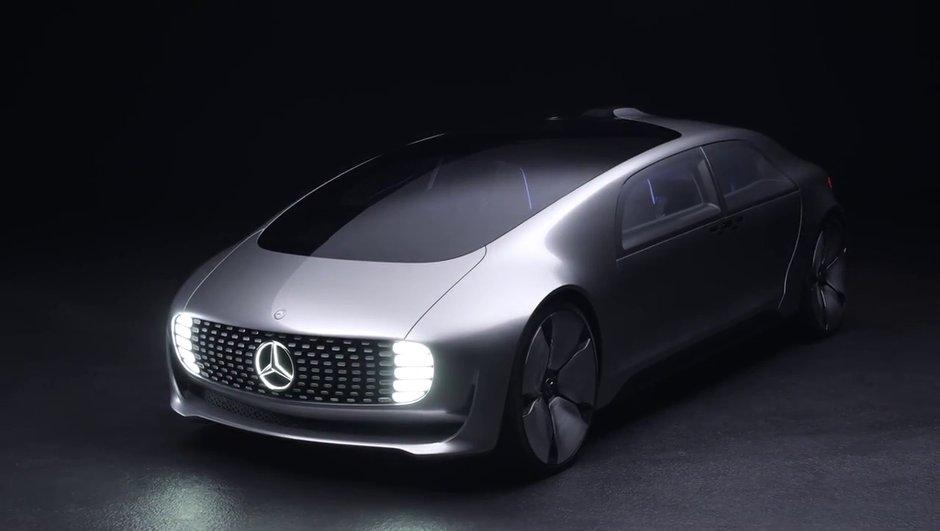 Voitures autonomes : Daimler s'associe avec Uber !