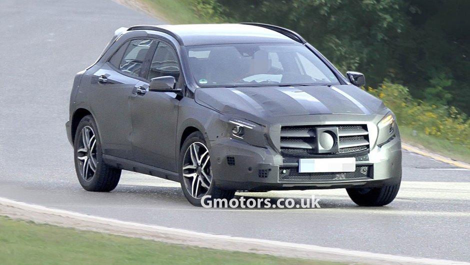 Scoop : Mercedes GLA, le futur crossover sous camouflage