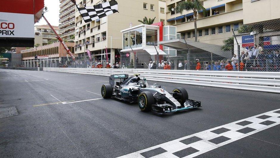 F1 – GP Monaco 2016 : Hamilton au top et accident insolite pour Button