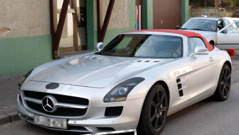 mercedes-sls-amg-cabriolet-premieres-photos-salon-de-new-york-2011-0112676