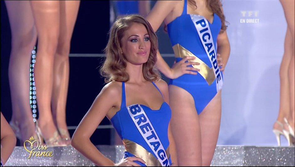 miss-france-2012-bikinis-aux-couleurs-de-wonder-woman-4452469
