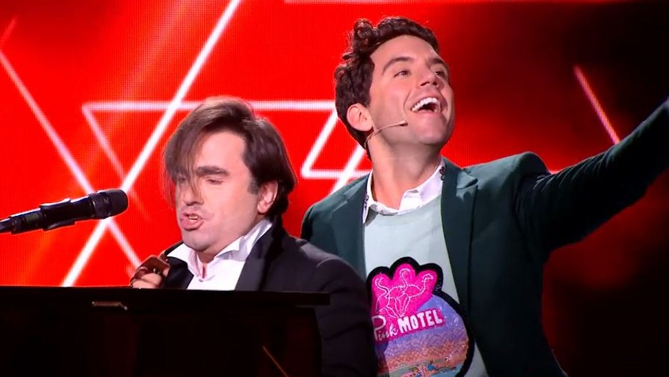 """Quand Mika dit """"je t'aime"""" à Frédéric Longbois !"""