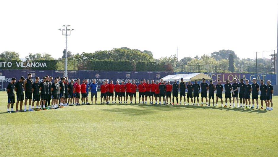 Le monde du foot exprime son soutien à Barcelone