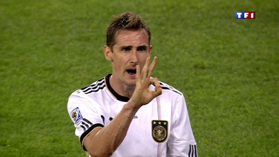 Le meilleur buteur de l'histoire de la Coupe du Monde annonce sa retraite