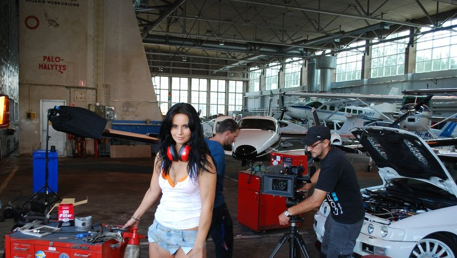 calendrier-miss-tuning-2013-making-of-4660160